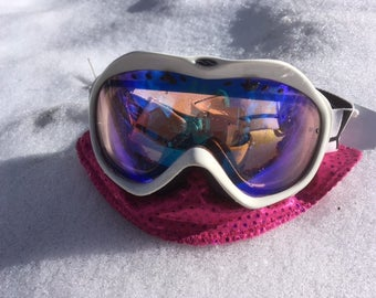 NOSUN - Attachment for your goggles to protect from damaging UVR and frostbite.