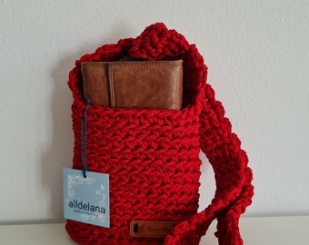 NEW Operating halter bag, RED, crocheted in rope yarn, cross body, many colors, shoulder bag, handmade