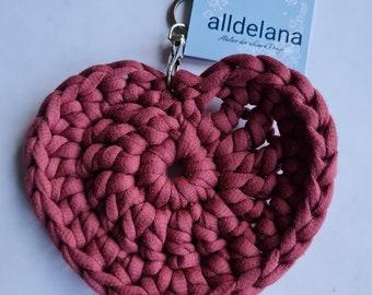 Keychain WEINROT in heart shape, matching the crochet bag tote bag, handmade