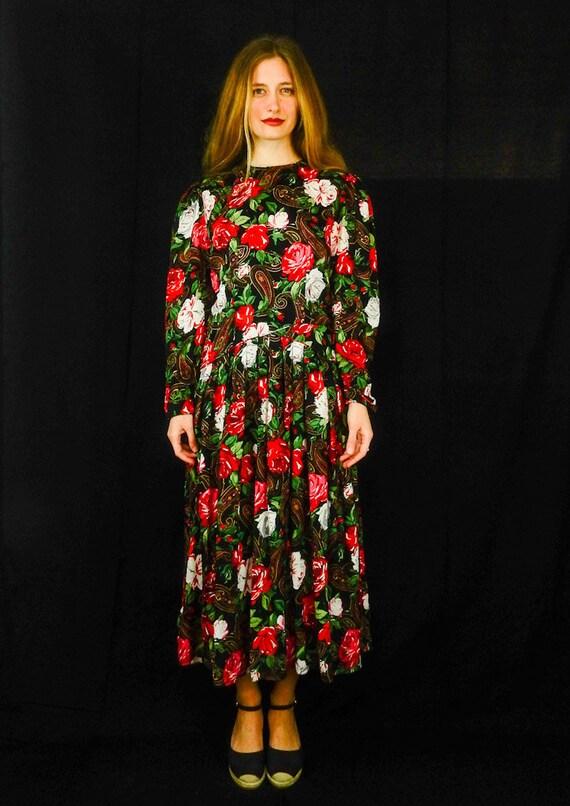Maggy London / Designer Spring Silk Vintage Dress