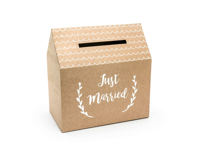 Just Married Kraft Card Box image 0