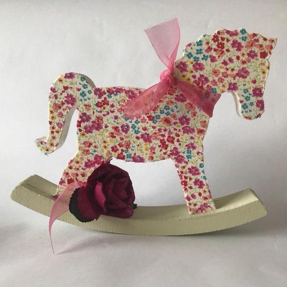 Cheval à bascule/découpage de MDF cheval