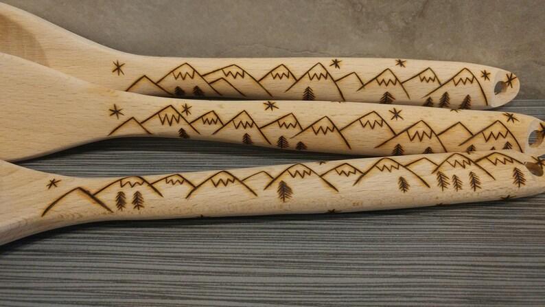 mountain design Wood burned pyrography utensil set spoon /& fork
