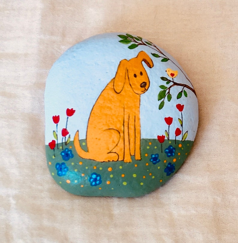 Painted Dog Rock with Cute Bird Stone Rock Painting Home Decor Collectable Garden Decorative Art Paperweight
