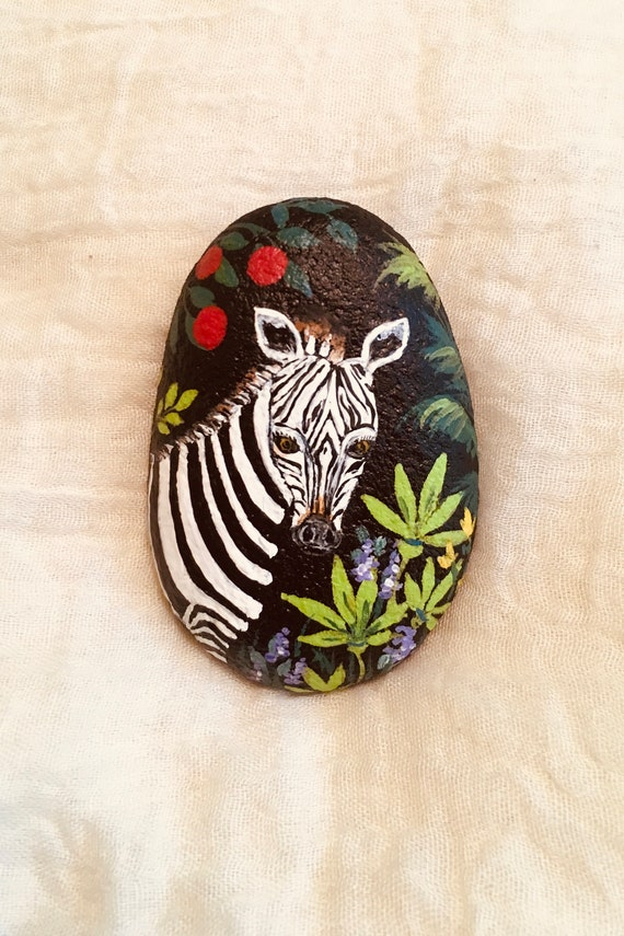 Painted Rocks Zebra Rock Stone Home Decor Garden Art Tropical Night Painting Collectable Paperweight Wild Animal Jungle Rock Art