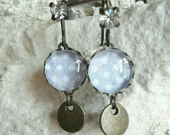 Earrings for pierced ears, gray pattern with white dots glass cabochons