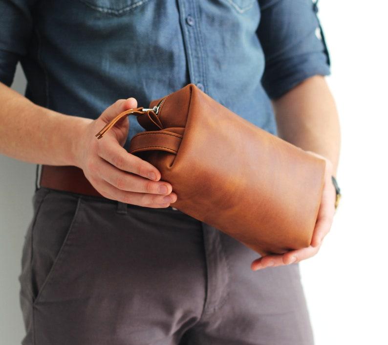 9953635315 Leather Toiletry Bag Expandable Dopp Kit Travel Bag Mens