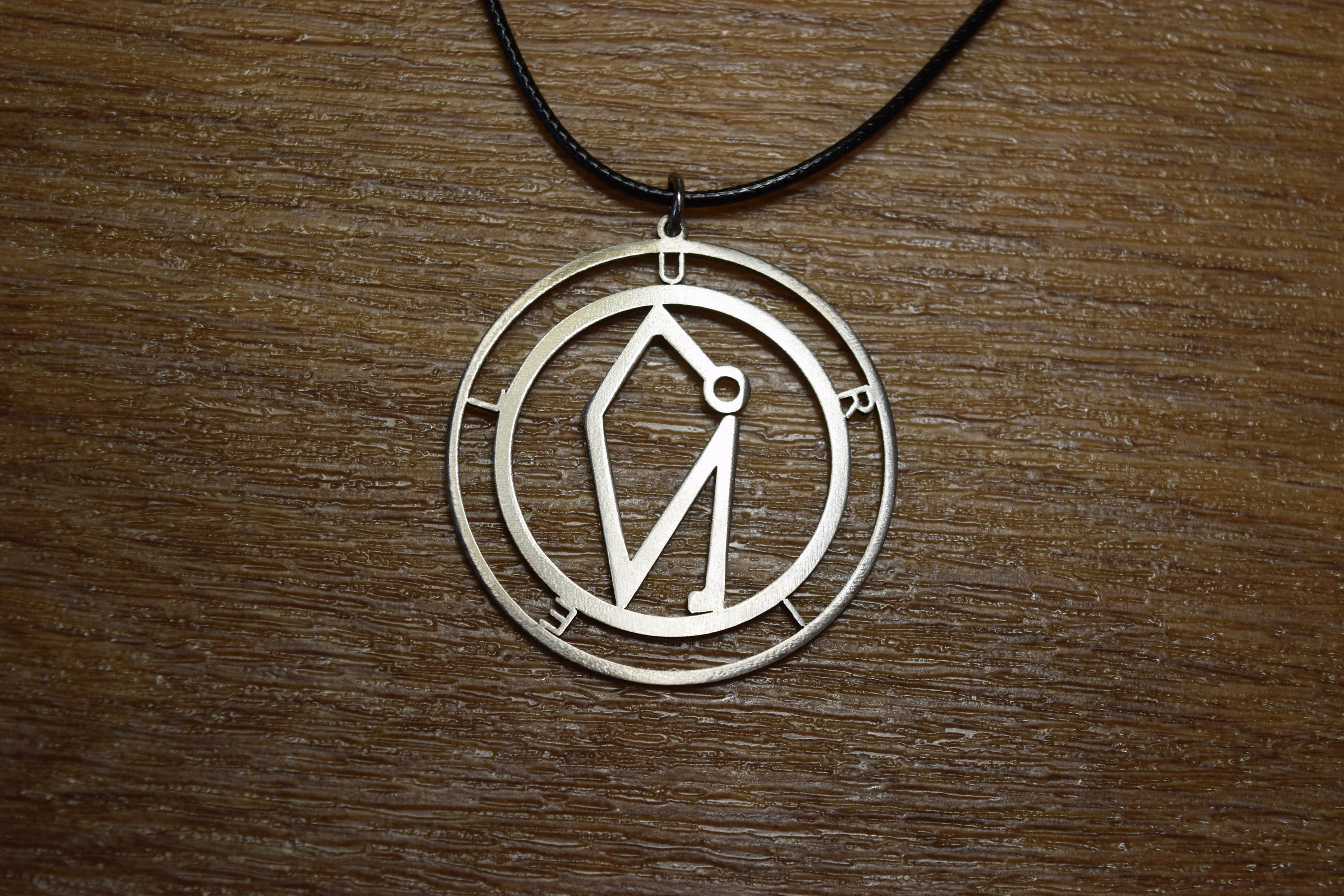 Arhangel Uriel Sigil Sel Sun Necklace Carved Religious Icon Etsy