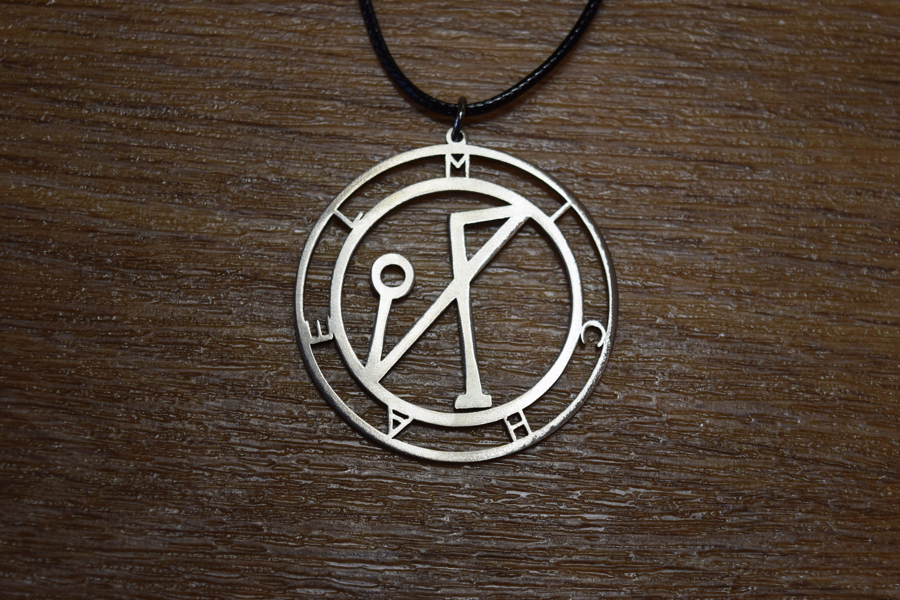 Archangel Michael sigil sel sun necklace carved Religious ...