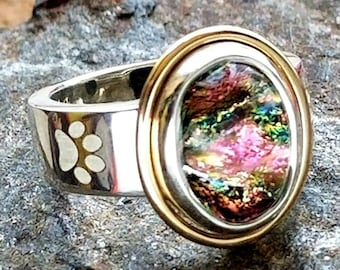Pet Memorial Enchanted Ring with Paw Print in Gold and Silver, Ashes in Glass, Cremation Jewelry