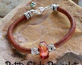 Trillium Petite Slide Memorial Leather Bracelet,Ashes in Glass, Cremation Jewelry, Pet Memorial