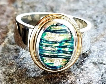The Enchanted Memorial Ring in Silver and Gold, Ashes in Glass, Cremation Jewelry, Pet Memorial, Ashes Ring