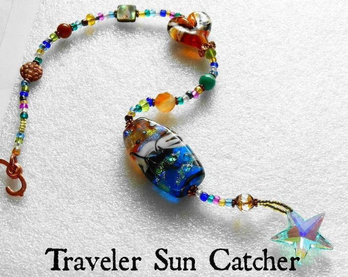 Trillium Memorial Sun Catcher, Ashes in Glass, Cremation Art, Pet Memorials