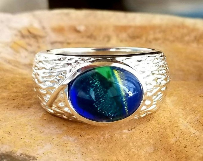 Men's Cabin Memorial Ring in Silver or Gold, Ashes in Glass, Cremation Jewelry, Pet Memorial