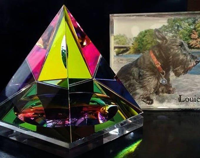 Pyramid Glass Memorial, Pet Memorial