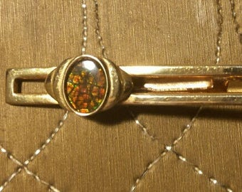 Vintage Tie Clip Gold and Green Stone/ glass