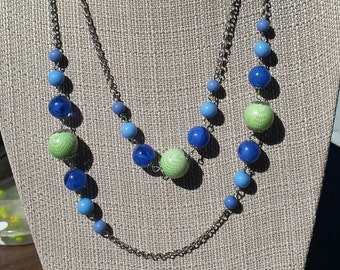 Retro Chain Necklace with Awesome Blue and Green Beads