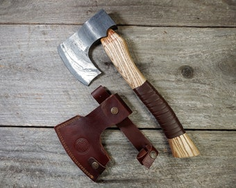Damascus Nordic Hatchet; Damascus Steel, Ash Handle