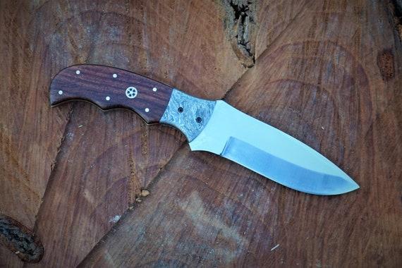 Bulldog Skinner Knife; Damascus Steel bolster, Rosewood handle