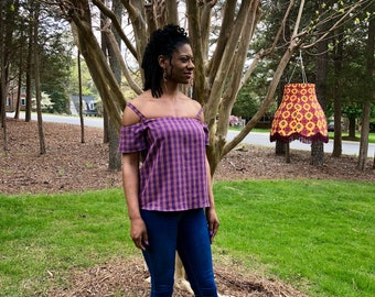 Plaid Off-shoulder blouse