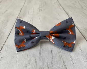 Dog Bow Tie in Foxy Fabric
