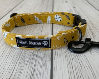 Dog Collar in a Stunning Autumn Mustard Fabric with Matt black hardware / dog collar and lead set