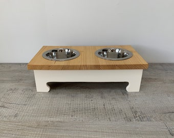 Small Double Bowl Pine Topped Raised Dog Feeding Stand