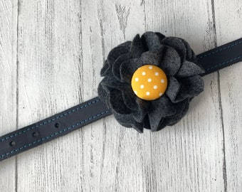 Grey Dog Collar Flower in a wool felt fabric