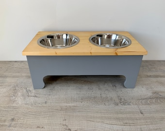 Large Double Bowl Pine Topped Raised Dog Feeding Stand