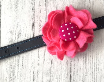Pink Dog Collar Flower in a wool felt fabric
