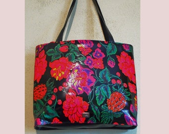 Moschino Embossed Leather Floral Purse 90's