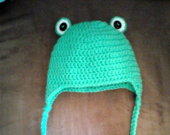 Baby crocheted frog hat