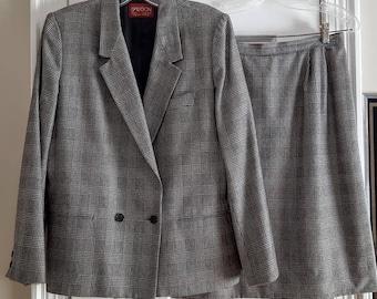 SASSON Black - White Glen Plaid Wool Blend Business Career Suit. Fitted Blazer Jacket & Pencil Skirt. Classic, Elegant. Women Sz 10. 1990s.