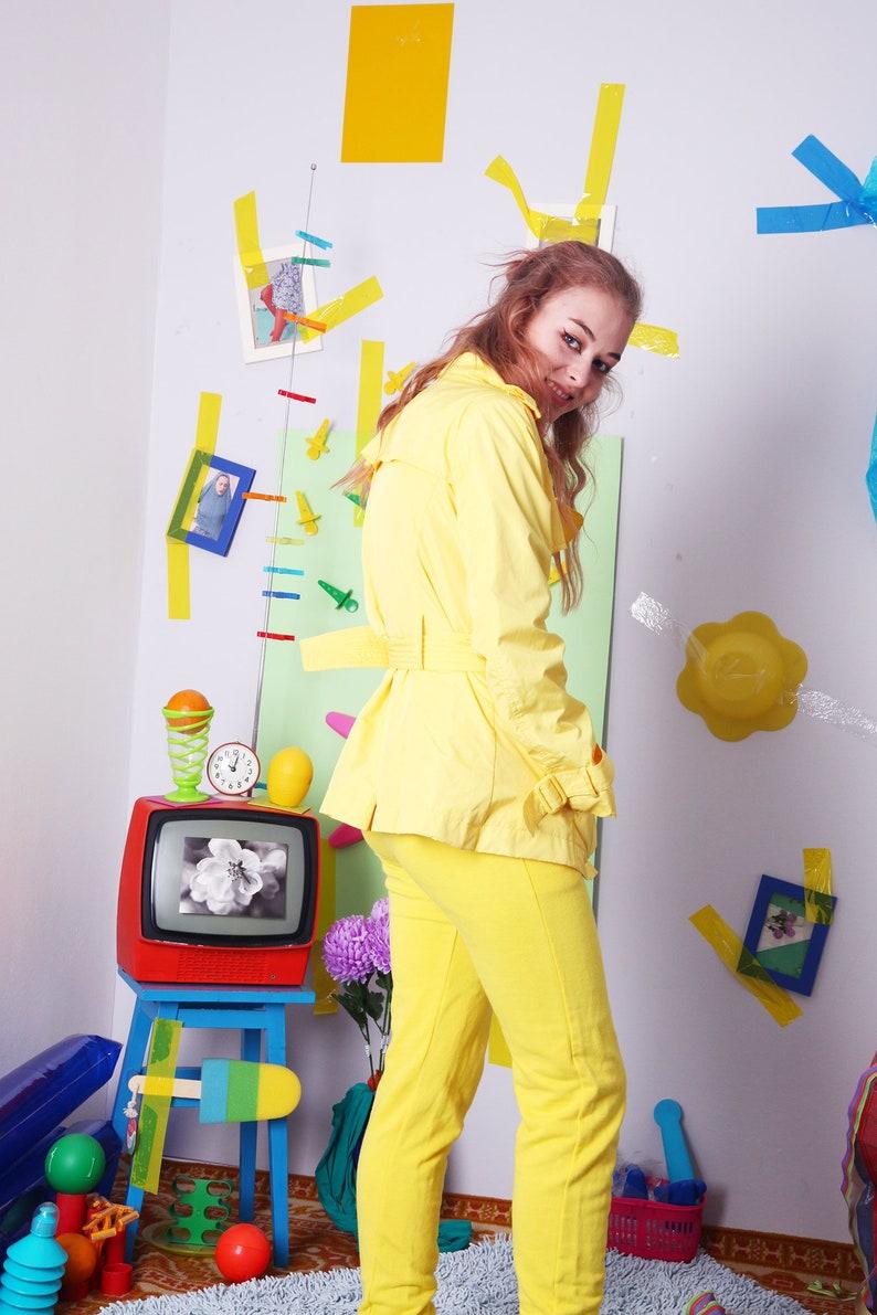 gelb, Trenchcoat, Vintage 90er Jahre Jacke, retro Gürtel Mantel, gelb Frühling Sommer Jacke, Knopf bis Vintage Mantel, Größe L
