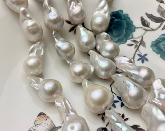 17-25 x 27-32mm white loose large baroque pearls for pendants,freshwater huge flameball pearls