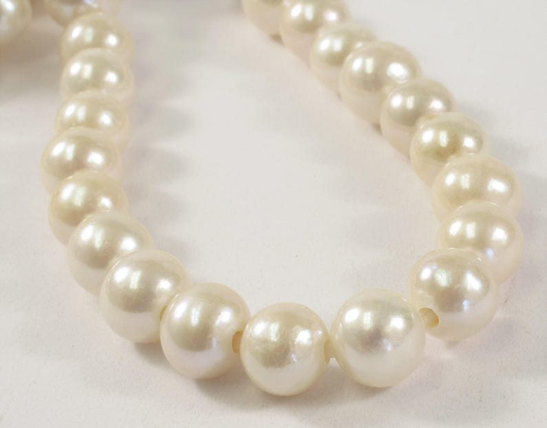 High Luster White Genuine Pearls 10 mm Half Strand Extra Shiny Large Hole Natural White Round Freshwater Pearl Beads 2mm Hole 231-LHRW10