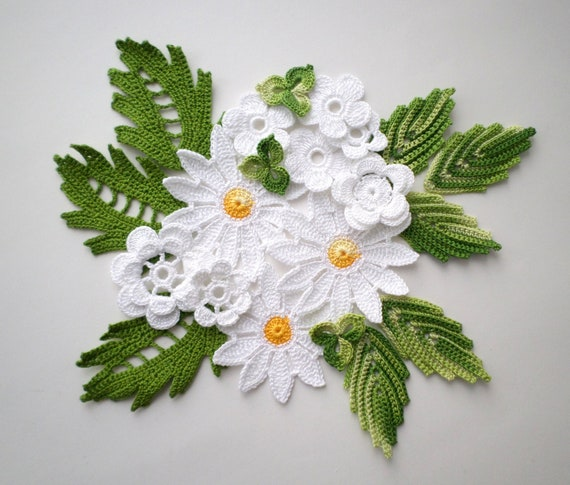 Crochet flowers and leaves green white yellow Irish crochet lace applique Set of 20