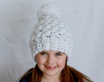 Girls Winter Hat, Girls Toque, Hat for Girls, Children's hat, Girls Beanie, Girls pom pom hat, Crochet Hat, Crochet Girl's hat, White Hat