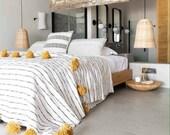 Moroccan Pompom Blanket,Moroccan Blanket,Moroccan Throw Blanket, Pom Poms, Boho Blanket,Bed Cover