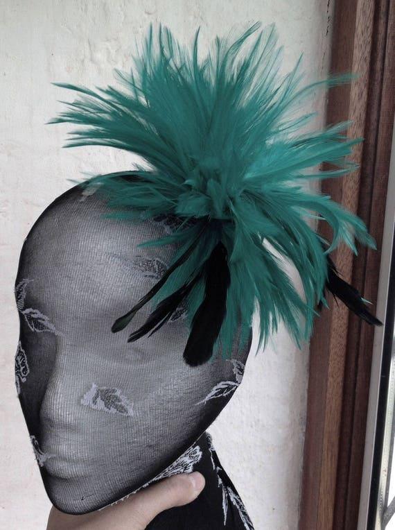 Beautiful Cream /& Nude feather /& flower design facinator wedding//670