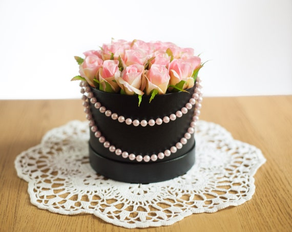 Baby Pink Decorative Floral Arrangement Bucket For Home Gift