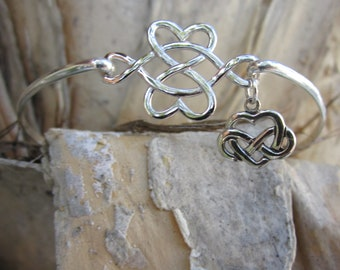 Sterling Silver Celtic Heart With Dangling Charm Bangle Cuff Link Bracelet