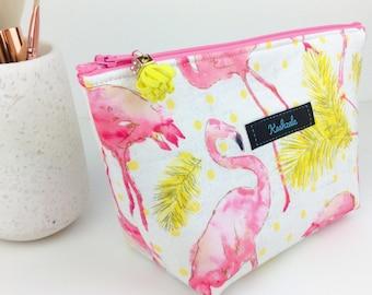 Flamingo Medium Cosmetic Bag, Pink Flamingo Medium Makeup Bag, Flamingo Makeup Bag, Travel Bag, Toiletry Bag, Flamingo Beauty Bag.