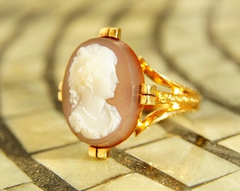 Victorian 18K Rose Gold Hardstone Cameo Ring, Antique Carved Agate Cameo, Intricately Embossed Rose Gold Band, Unique Ring, Size 9 1/4 US