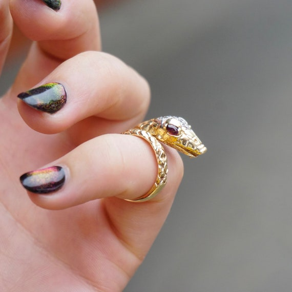 Vintage 14K Wrap Around Snake Ring With Ruby Eyes,