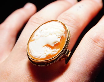 Victorian 10K Yellow Gold Cameo Ring, Large Classic Relief Cameo, Ornate Gold Scroll Setting, Size 7 1/2 US