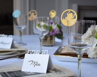 Passover table setting bundle   Passover place cards + 10 plagues unique wine glass decoration for your Seder night   Jewish holiday decor