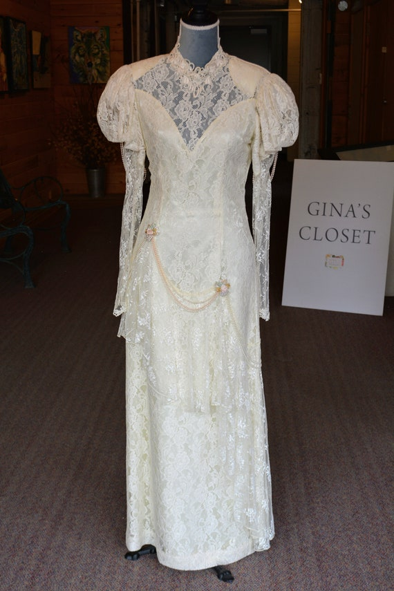 Vintage style 20's wedding dress #899
