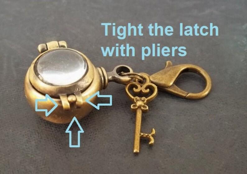 Cremation Jewelry Keepsake Magnifying Pendant Locket Vintage Style Stash Box Keychain Fillable Glass Urn Ashes Key Women Memorial Gift
