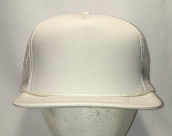 Vintage Trucker Hats For Men Plain Blank White Snapback Dad Hat Rope Foam  Front Mesh Back Baseball Cap T91 J9082 134296347ee1